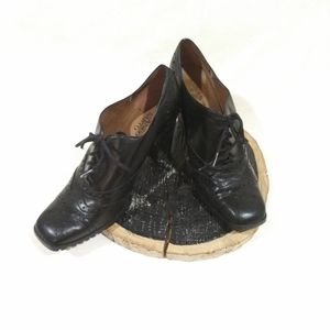 Oxford Heel